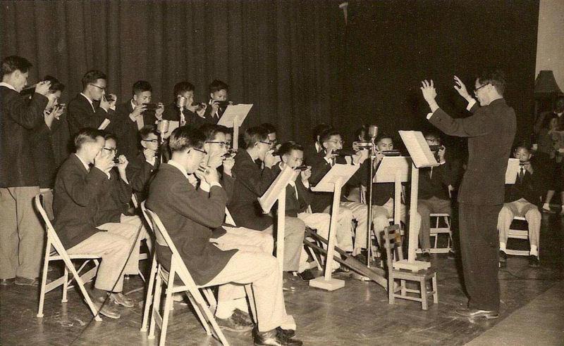 一九五八年在母校大禮堂演出
